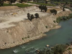 تخریب بستر و حریم رودخانه